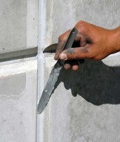 Tooling-sealant-in-Tilt-panel